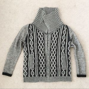 Sweaters - ETC chunky knit wool sweater with pockets